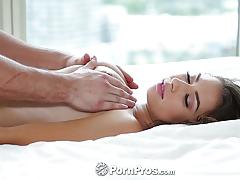 Hot melissa moore gets body rubbed down