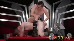 Free videos of gays having sex in their underwear and male twinks having sex outdoors in