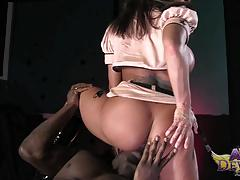 Kinky bbc blowing ava devine