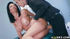 Hot milf veronica avluv bangs with her doctor