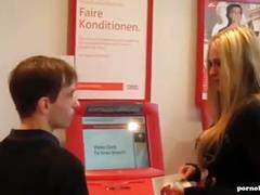 Deutsches amateur pornogirl vom fan erkannt und im hotel gefickt
