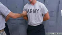 Muscled hunk with a fine body gets rammed by a soldier