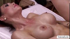 Ts cougar sunday valentina devours horny masseuse roman