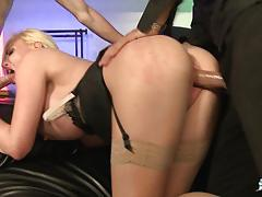 French babe gets dp in threesome