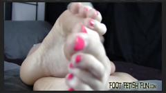 I will let you jerk off to my perfect feet