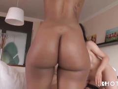 Flashing ebony booty in public