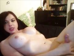 Shemale hottie cumming all over herself