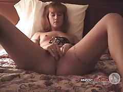 Finger fucking wife watches camera guy getting horny