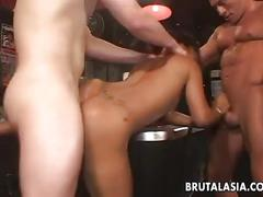 That asian beauty getting double penetrated in a threesome