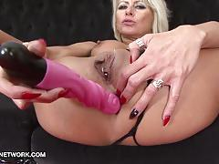 Mature double penetration fuck with black cock