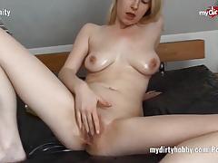 Blonde anni-trinity oil massage