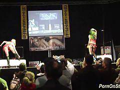 Cocksharing show on stage