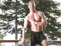 Hot tub makes the gay lovers horny