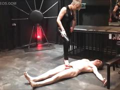 Ballbusting: mistress electra destroys the balls of andrea diprè
