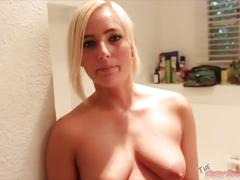 Blonde beauty kate england blowjob