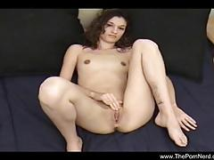 Slim babe masturbates before getting licked