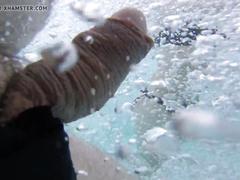 Masturbating close to  bikini grirls underwater