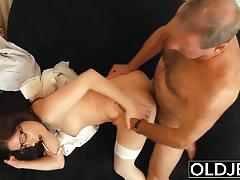 Old dude fucks brunette