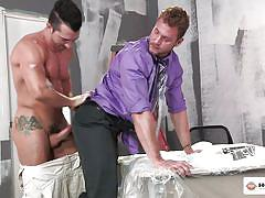 Painters swap sperm on the job and get rimmed