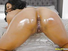 babe, ebony, interracial, round ass, blowjob, oiled, bubble butt, fingering, pussy eating, round and brown, reality kings, brad knight, quinn coco