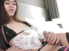 Hot bulge in her panties @ ts factor #08
