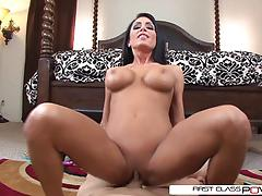 Firstclasspov- jessica takes advantage of a hot toyboy