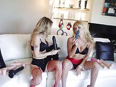 Kinky pussy playing lesbians natasha starr and natalia starr