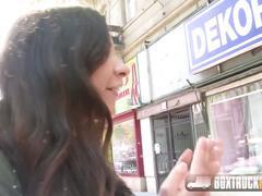 Boxtrucksex - lesbian seduces straight girl in public