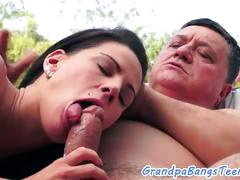 Young babe banged by footworship grandpa