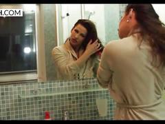 Reina pornero - milf in shower - xczech.com