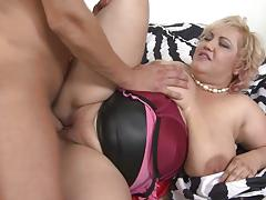 Mature bbw fucked by stud