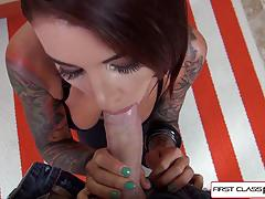 Beauty felicity feline take 9 inches in her mouth