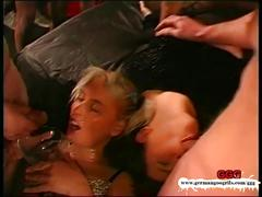 Old school bukkake gangbang - german goo girls