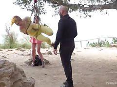 Swing little princess, swing