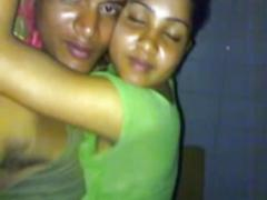 Deshi couple fucked