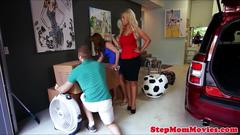Busty stepmom jerking and cocksucking in trio