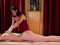 Girlie massage fun with jayden cole and ryder skye