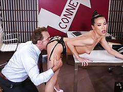 Office fucking for sensual boss babe kalina ryu
