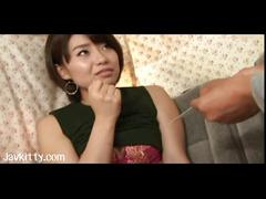 Amateur tokyo lady licked and fingered in a van
