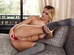 Alone time pussy pleasures with blonde natalia starr