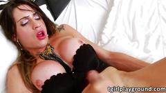 Gorgeous ts stefanny souza caresses her prick until she cums