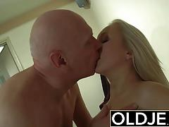 Horny morning sex old young porn girlfriend hot fuck