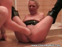 Check my milf with fist in hes pussy and ass