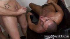 Free no show sock gay porn movie once everyone in the apartment gets nude trevor