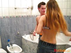 18 videoz - washing clean and fucking dirty