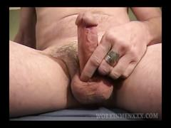 Mature amateur jimmy jerking off segment