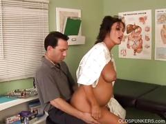 Super sexy pregnant old spunker sucks & fucks her doctor