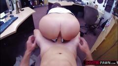 Big tits and ass cooz woman wants to sell a bugle and gets fucked