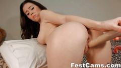 Teen girl masturbating for fun