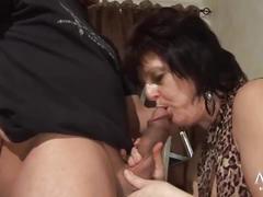 Mature german granny likes fat cock